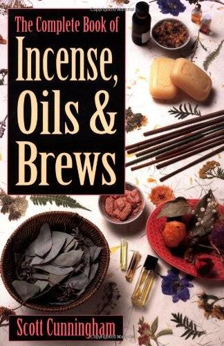 The Complete Book of Incense, Oils and Brews (Llewellyn's Practical Magick)(Repost)
