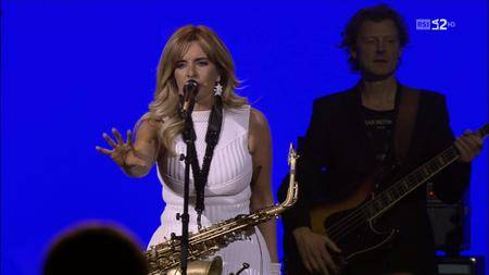 Candy Dulfer - Baloise Session 2015 [HDTV 720p] / AvaxHome