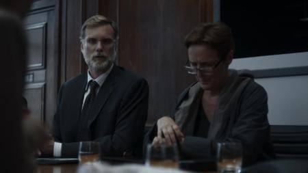 Killing Eve S01E01