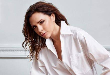Victoria Beckham by Kerry Hallihan for Elle UK May 2017