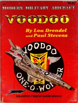 squadron/signal publications : Modern military aircraft - 5002 Voodoo