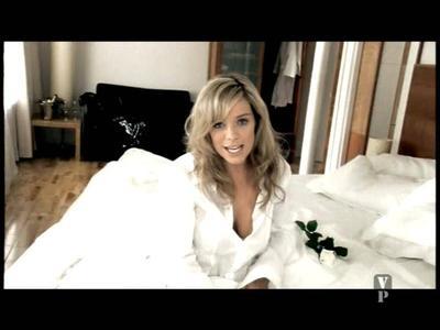 VideoClip Liz McClarnon - Woman In Love