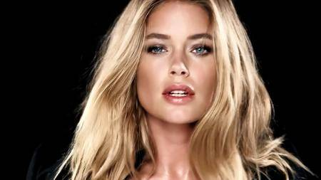 LOVE Advent 2016: Day 11 - Doutzen Kroes by Hype Williams