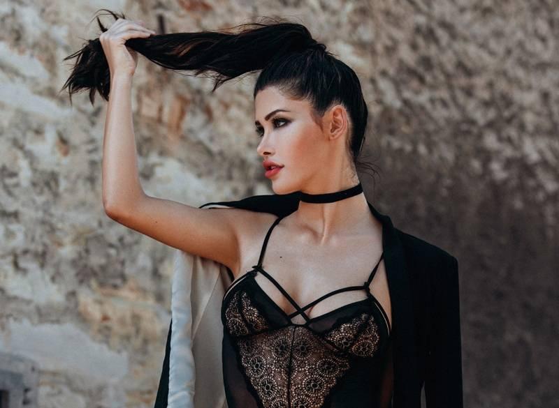 Sabrina Doberstein by Larissa Hermanowski / AvaxHome
