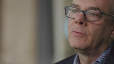 Jeffrey Epstein: Filthy Rich S01E02