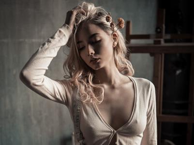 Katerina Shiryaeva by Alex Nemalevich