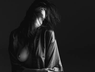 Lauren Summer - Graham Oakley Photoshoot