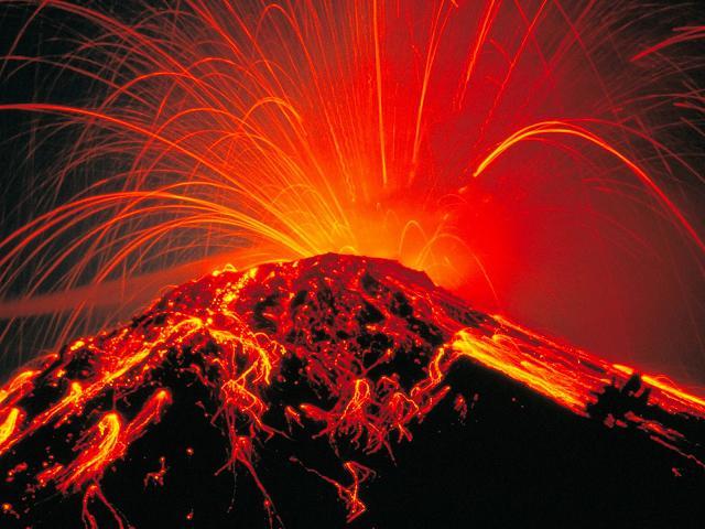 Extraordinary  Images of  Volcanoes