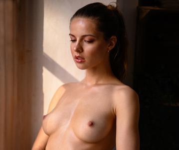 Julia Zubova by Jorg Steffens